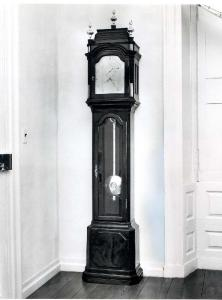 Clock, Regulator