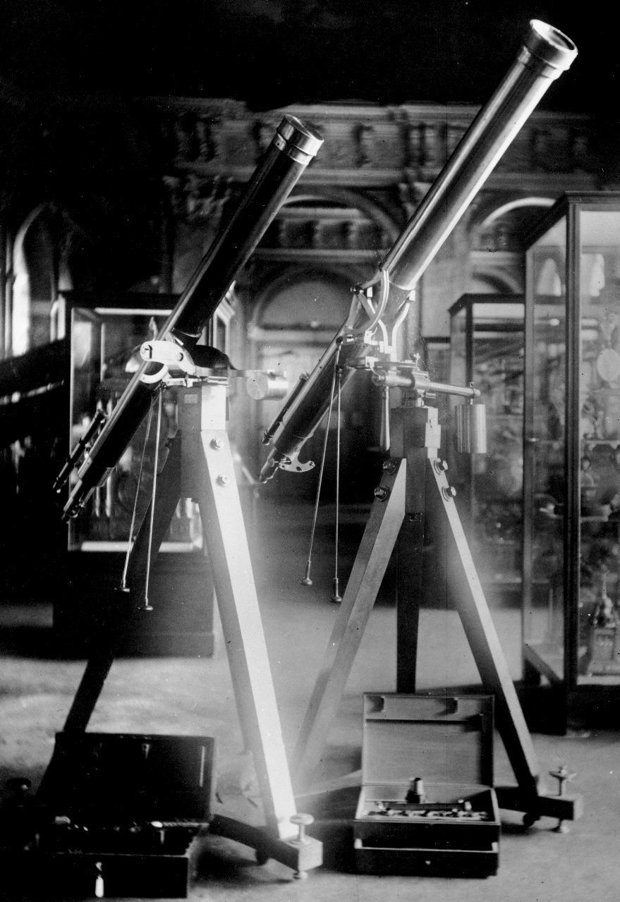 Refracting telescope by Josef Fraunhofer , used to observe the 1874 and 1882 transits (on the right)