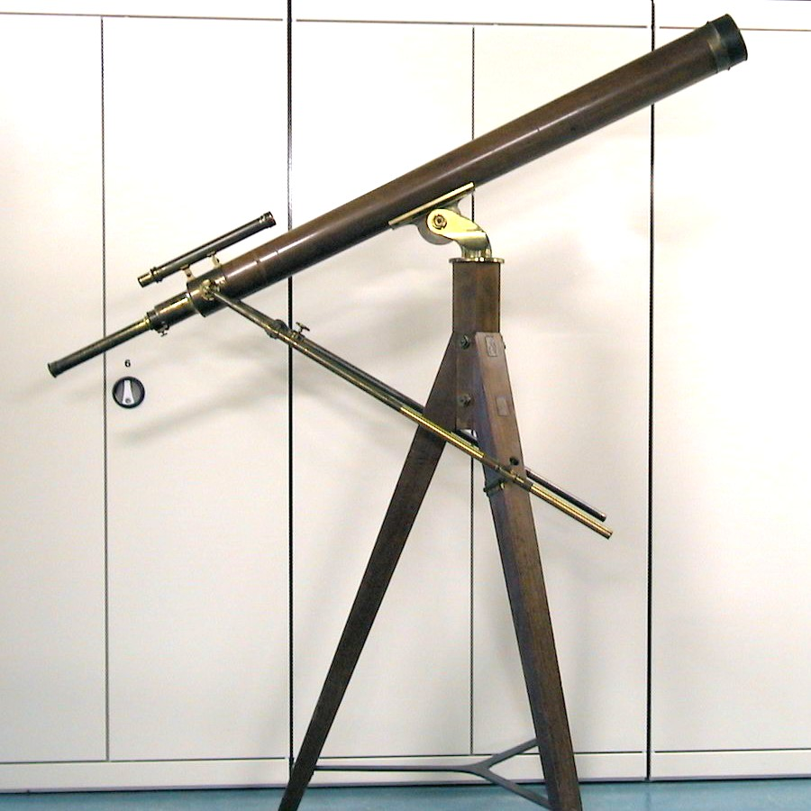 Achromatic refractor telescope by Utzschneider und Fraunhofer, used for the 1874 transit on Reunion by a Dutch expedition